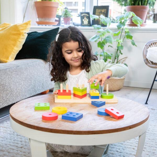 sortator-forme-geometrice-si-culori-new-classic-toys-03