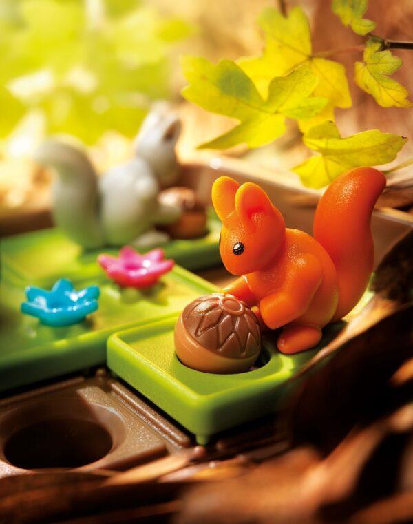 joc-squirrels-go-nuts-smartgames-02