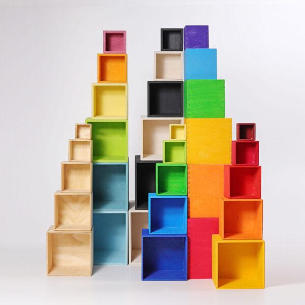set-mare-de-cutii-colorate-curcubeu-grimms-02