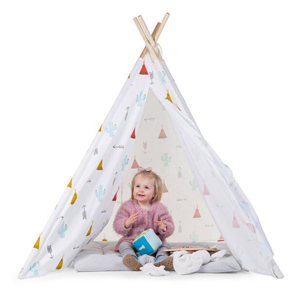 loc-de-joaca-cort-de-indieni-pentru-copii-dreamy-tipi-childhome-01