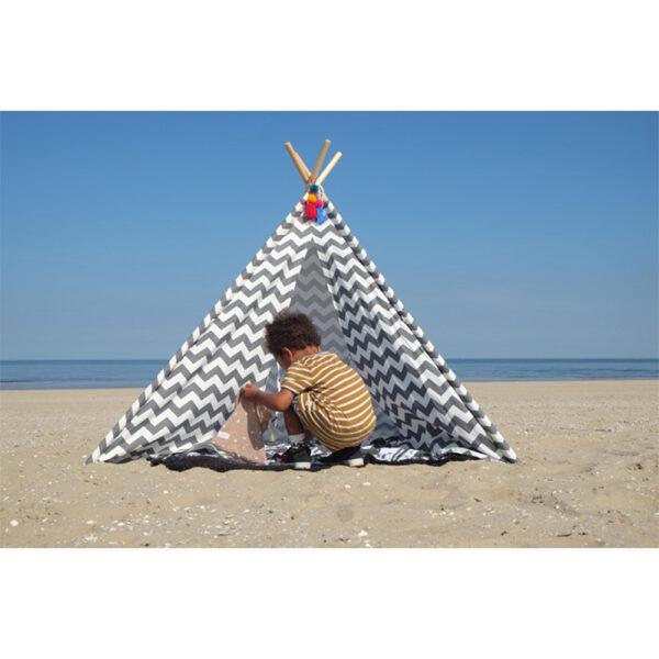 loc-de-joaca-cort-de-indieni-pentru-copii-grey-zigzag-childhome-01